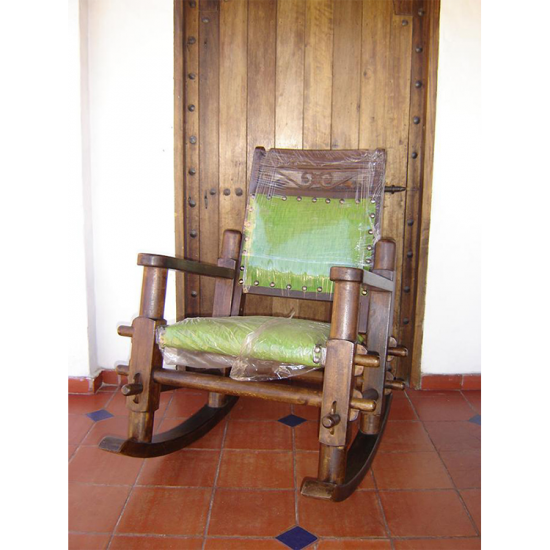 Muebles Rústicos La Cabaña Mesedora Bolillo