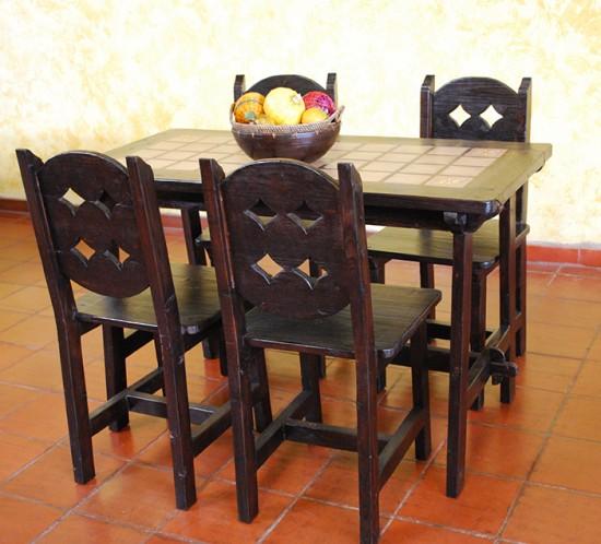 Muebles Rústicos La Cabaña Comedor Baldosas
